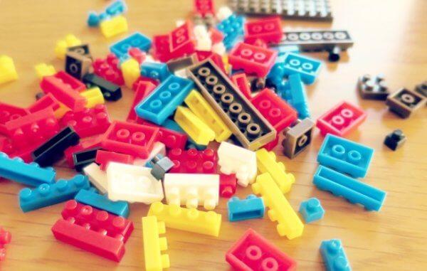 レゴブロックが取れないときの外し方