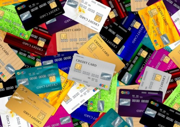新社会人はクレジットカードをいつ作るのがいい?オススメのクレジットカードも紹介!