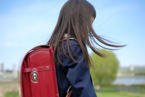 ピンクのランドセルにしたいけど高学年6年生になっても後悔しない?6年生まで使えるのは何がいい?