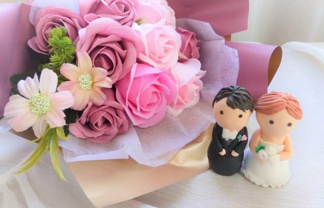 オンライン結婚式のご祝儀の渡し方はどうすればいい?相場金額はいくらぐらいがいい?