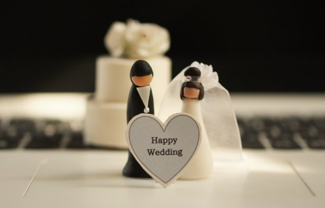 八芳園オンライン結婚式と東郷神社オンライン結婚式の特徴を解説します